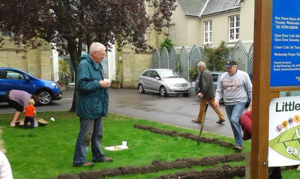 Lymington Rotary Crocus Planting
